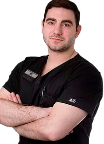 Акопян Антон Владимирович, хирург – имплантолог